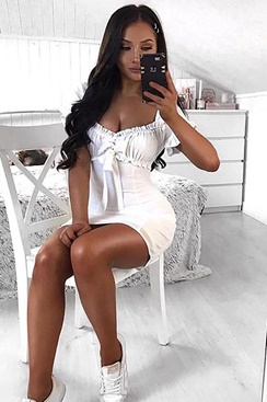 White dress with bow - Beauty