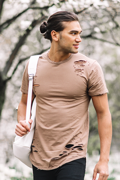 Ripped T-shirt - Brown
