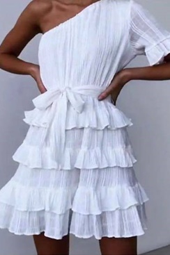 White dress with ruffles - Balloon