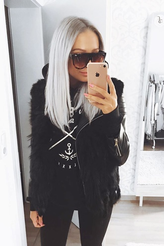 Black fur vest - Molly