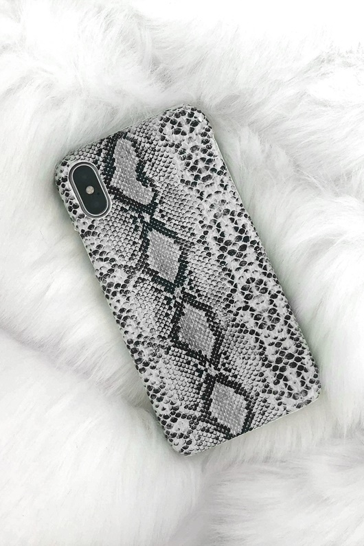 DM Mobilskal för iPhone - White Snake Print